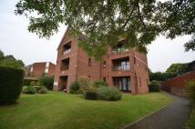 2 bed Flat to rent in New Windsor Court...