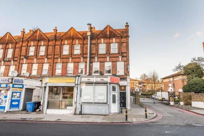 2 Bedroom Flat For Sale In Manor Park Parade Lewisham SE13