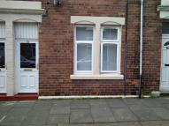 Ground Flat in Willow Grove, Wallsend...
