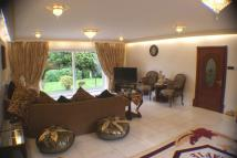 4 bedroom property in 4 bedroom House Detached...