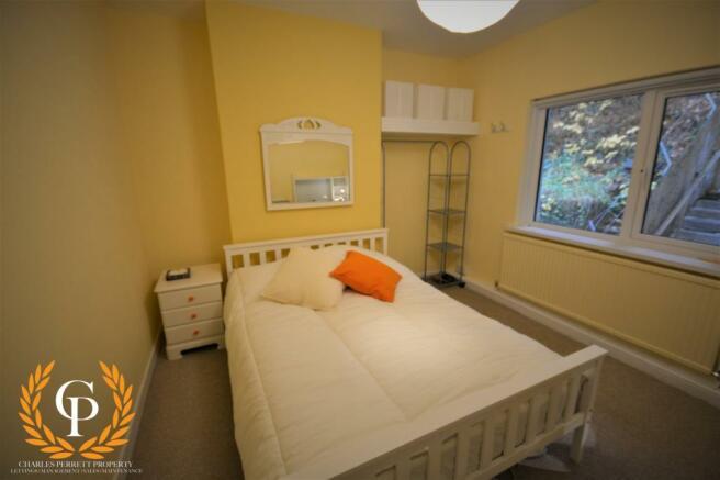 Bedroom (1) (Main)