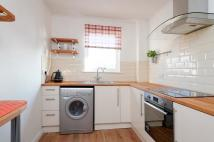2 bedroom Flat in Love Street, Paisley...