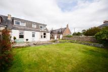 5 bed semi detached house in 1 Seabrae, Carnoustie...