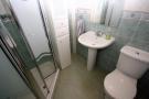 Gr Floor shower room