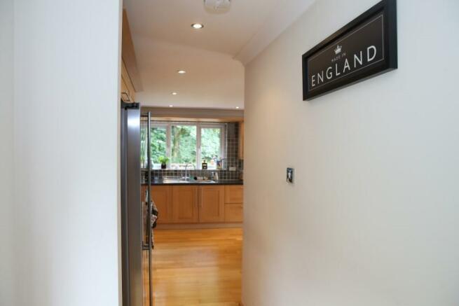 Inner hallway to kit