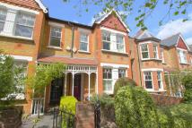 4 bed Terraced home in Windermere Road, Ealing
