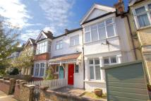 5 bed Terraced home in Raymond Avenue, Ealing