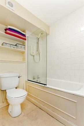 Bathroom-02.jpg