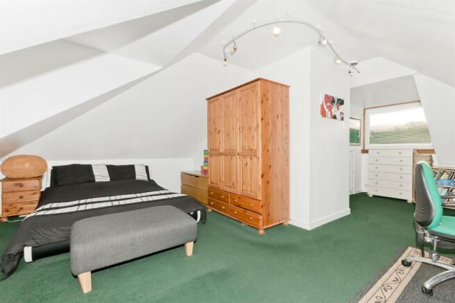 bedroom n3.jpg