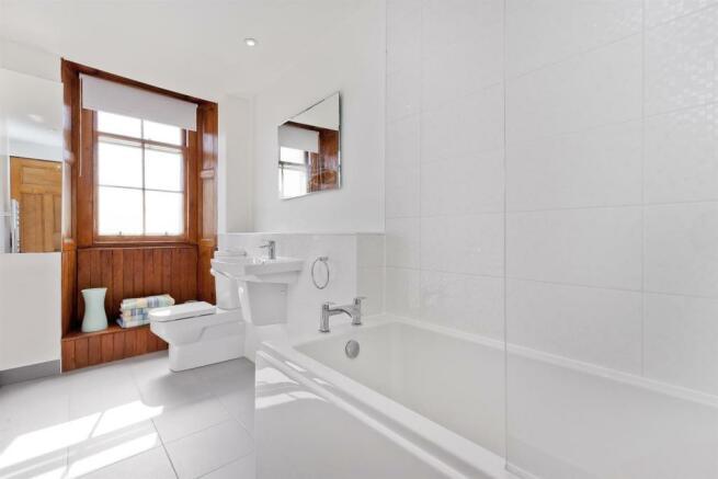Image 14 bathroom.jpg