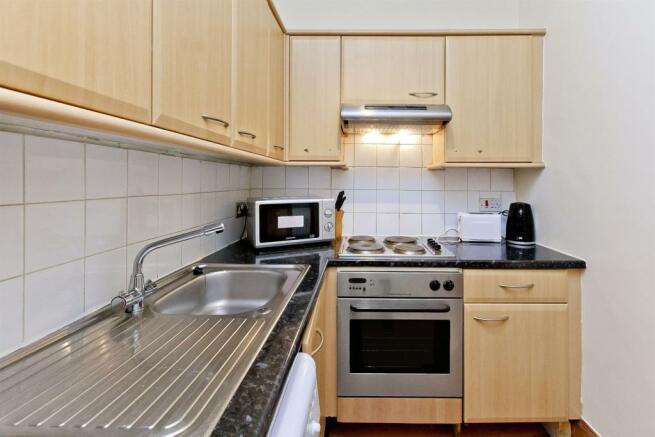 Image 6 kitchen 2.jpg