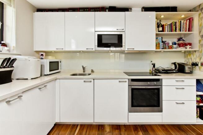 KitchenAndLivingRoom-03.jpg