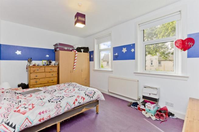 Bedroom1-1.jpg