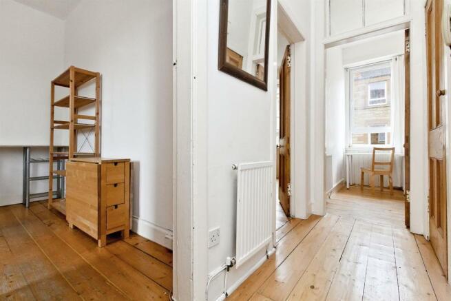 Image 9 hallway.jpg
