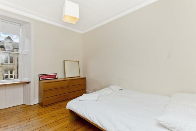 Bedroom2-01.jpg