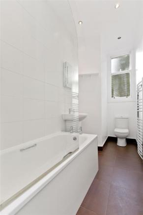 Image 12 bathroom.jpg