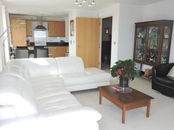 lounge new.jpg