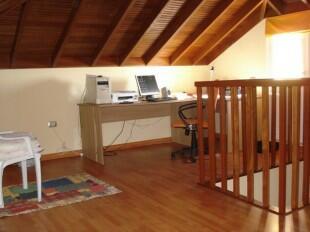 Attic office/bedroom