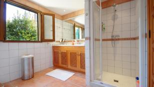 Large Bathroom with