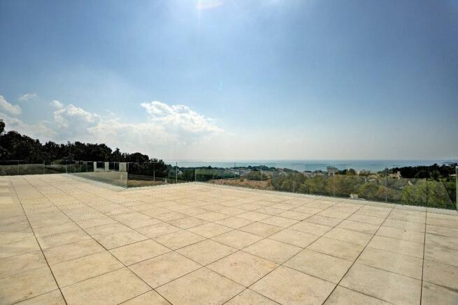 Huge roof terrace