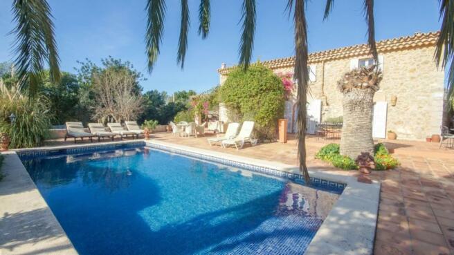 Pool terrace and bui