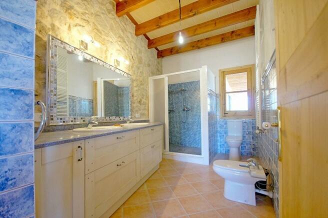 Bath en-suite