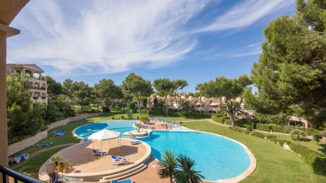 Pool terrace1