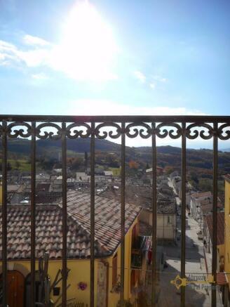 Panoramic balcony