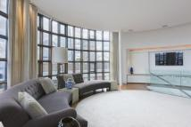Victor Wharf Flat to rent