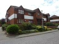 2 bedroom Flat in Brimfield Road, Purfleet...