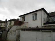 2 bed Flat to rent in South End Road, Rainham...