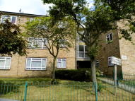 Flat to rent in Adelphi Crescent...