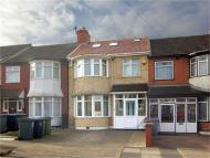 4 bed Terraced property for sale in Ashcombe Park, Neasden...