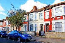 3 bed Terraced house for sale in Cobbold Road, London