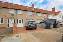 4 bed Terraced house in Review Road, London