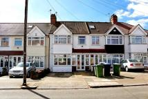 3 bed Terraced house in Meadowbank Road, London...