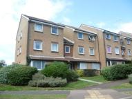 2 bed Flat to rent in Lake Drive, Peacehaven...