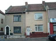 Terraced house for sale in 17 Nags Head Hill