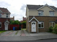 semi detached house to rent in Appledore Close...