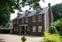 7 bed Detached house in Wootton Bridge...