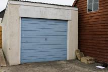 Garage to rent in Under Application...