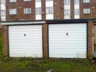 Garage in Holywell Avenue...