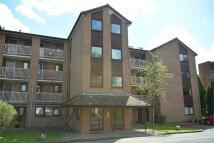 2 bedroom Apartment in Highfield Court...