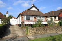 Detached Bungalow in Leasway, Chalkwell,