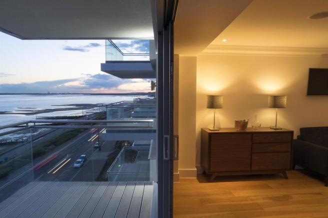 11 balcony1-web.jpg