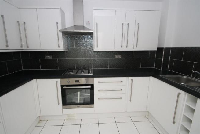 kitchenflat1.JPG