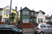 semi detached home to rent in Westcliff Park Drive