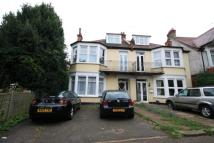 Flat to rent in Whitefriars Crescent