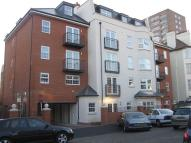 2 bed Flat to rent in Alexandra Road