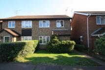 3 bed house to rent in Paddock Close
